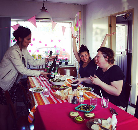 Vitoria Andrade, Nikita Maheshwary during their community project 'Het Verhalenhuis' [the house of stories], together with a resident from Woensel-West, Eindhoven; May 2018;  in collaboration with Tante Netty.